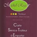 Michel Roger Saleilles présente sa Carte Service Traiteur à emporter.