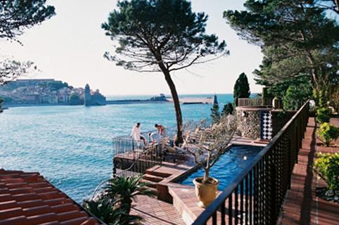 Vue du restaurant La Balette dans la ville de Collioure