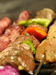 Le Grilladin Canet-en-Roussillon est un restaurant de grillades et de pizzas.(® SAAM emma lahmi)