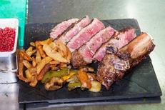 Mas Chabry Perpignan est un restaurant de grillades sur le chemin de la Carlette (® networld-aGuje)