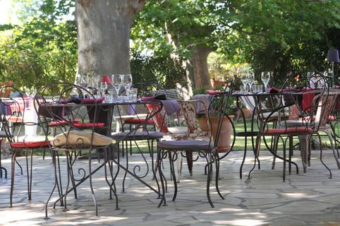Le Mas Chabry Perpignan Restaurant de grillades, guinguette avec terrasses sur le chemin de la Carlette (® networld-S.Delchambre)