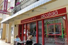 Devanture du restaurant Al Catala dans la ville de Céret (crédits photos : networld – Stephane Delchambre)