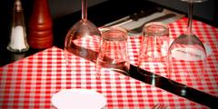 Vue d'une table d'un restaurant de cuisine française